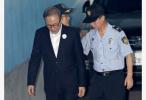 韩国前总统李明博涉贿案今二审开庭 韩媒:他或将主张无罪