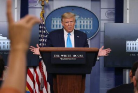 白宫1月已发布新冠病毒预警 特朗普:这两天才看到