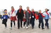河南鲁山:星星火炬跟党走 童心筑梦新时代
